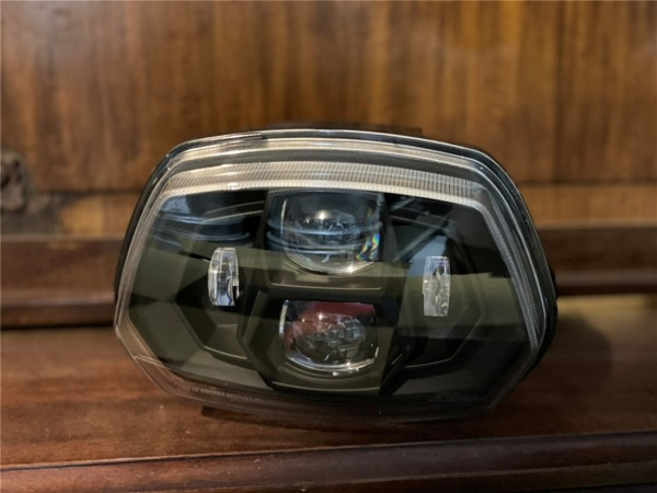 Scheinwerfer LED Zelioni für Vespa Sprint 50-150ccm 2T/4T ('13-'18) (mit E-Nummer)